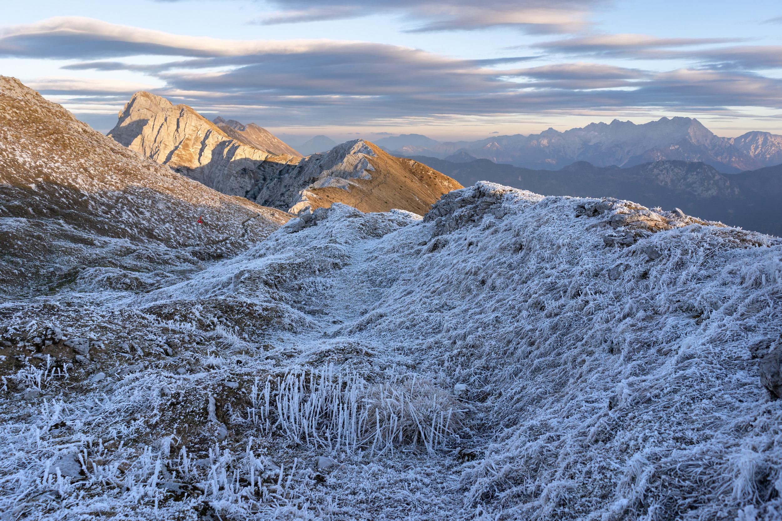 Košuta (Koschuta) is with more than 10 kilometers the longest mountain ridge in Slovenia.