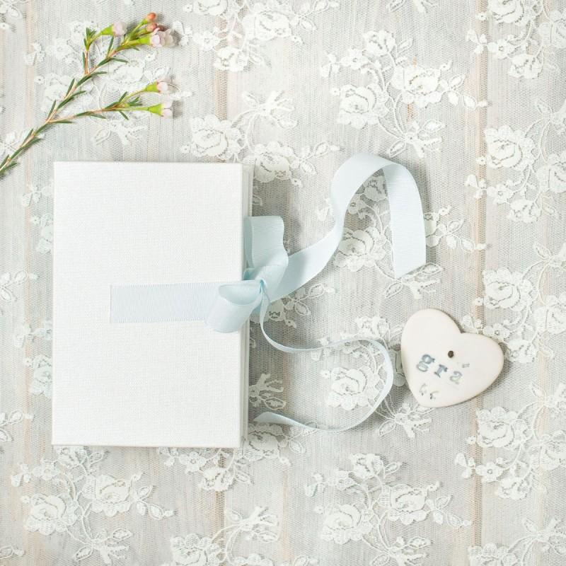 foldedleaf_duck-egg-wedding-albums-800x800.jpg