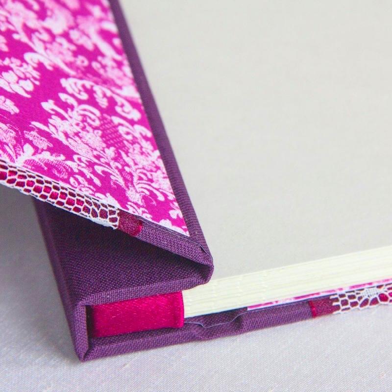 foldedleaf_lacey-plum-guest-book-4-800x800.jpg