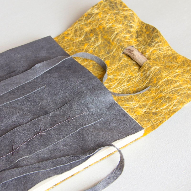 foldedleaf_stoney-grey-guest-book-2-800x800.jpg
