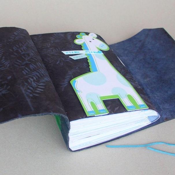 foldedleaf_giraffe-baby-card-keepsake8-800x800.jpg