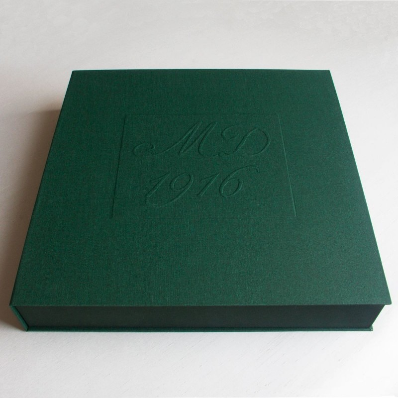 Archival box for prints 1916 exhibition