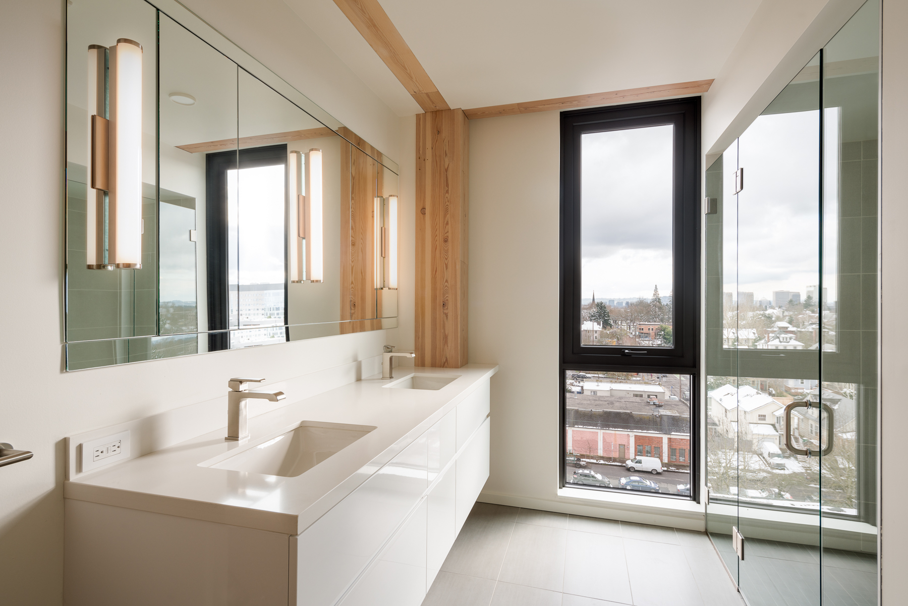 C12 master bath jpg.jpg