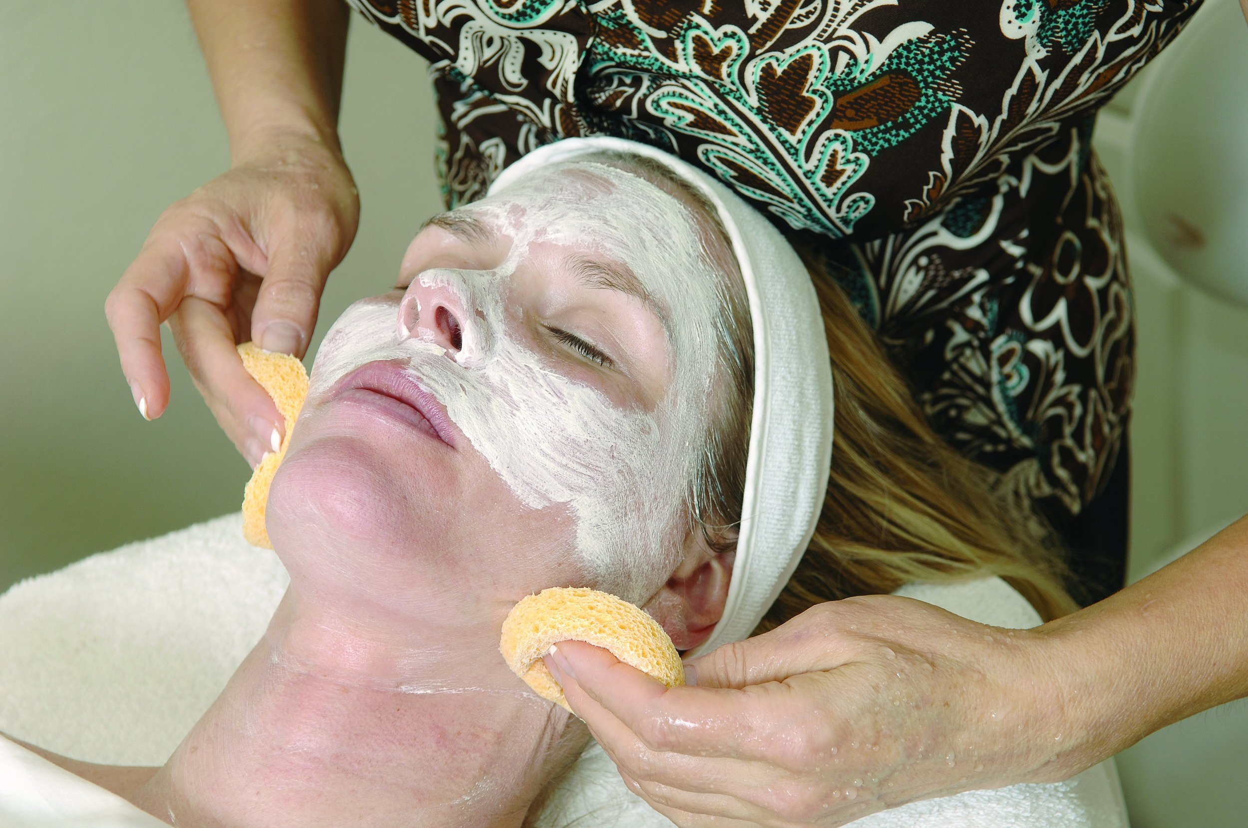 what we do - A full menu of facials and peels using the finest skin care products from Dermalogica.