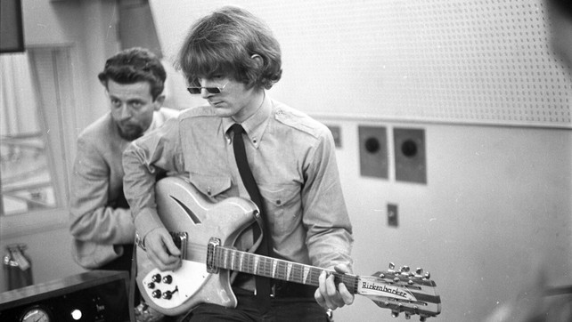 Roger McGuinn and his Rickenbacker 360 12 string