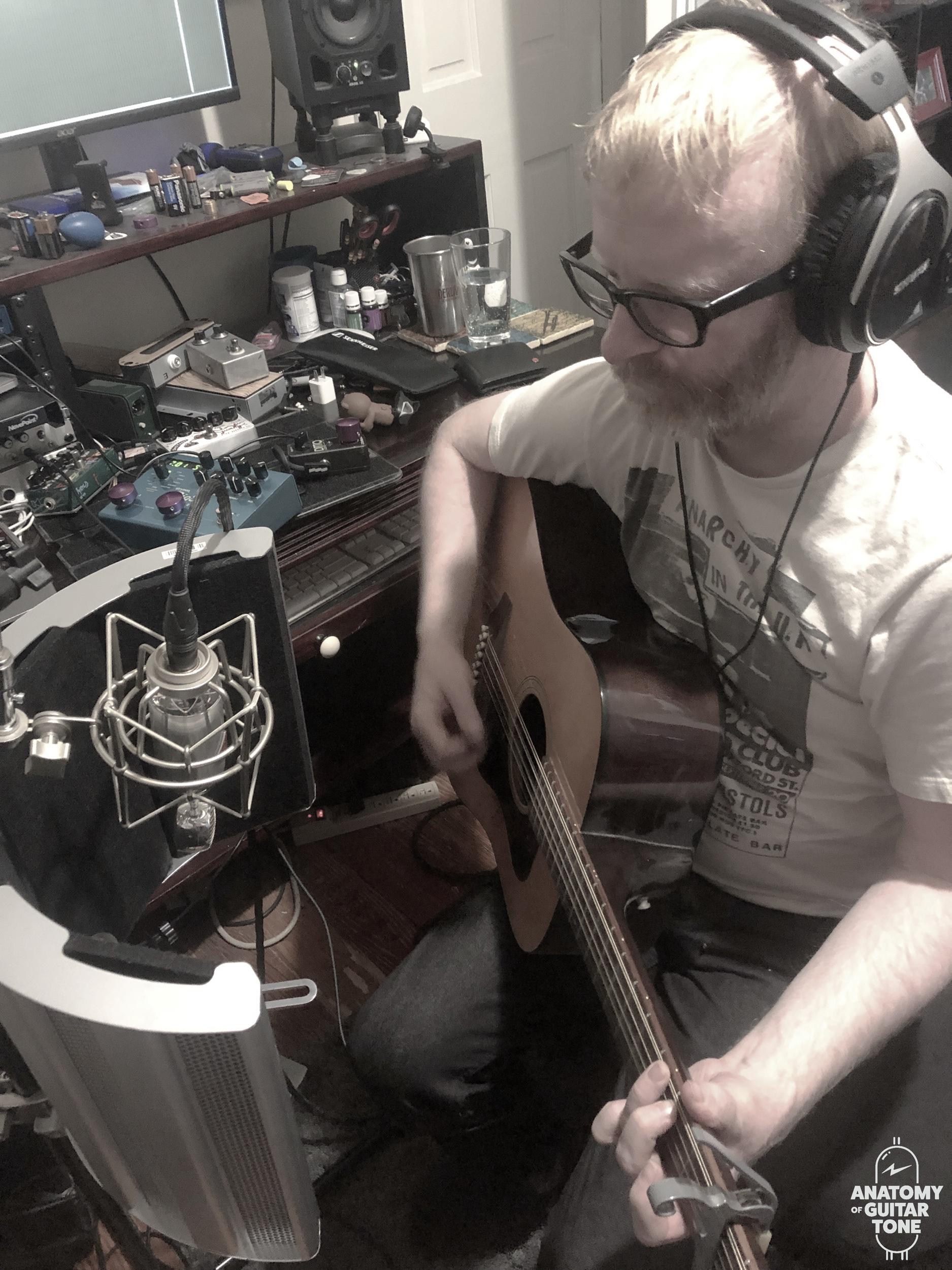 sE space acoustic guitar.jpeg