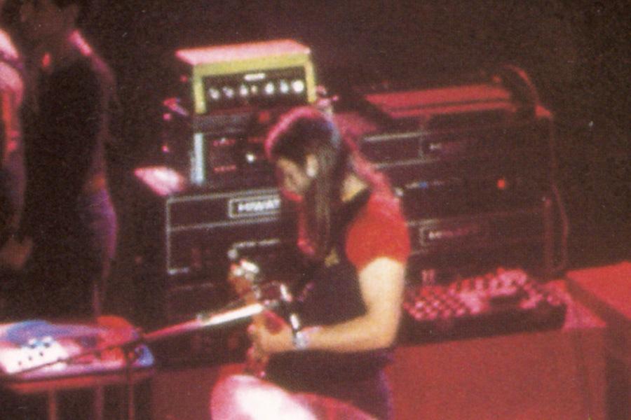 David Gilmour playing through Hiwatt DR 103