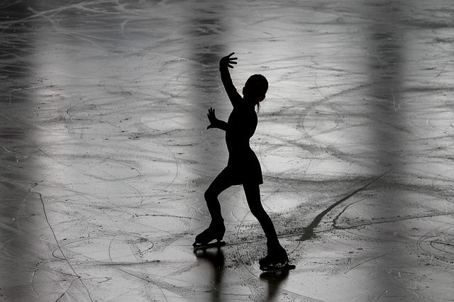 figure-skating-3198861_640.jpg