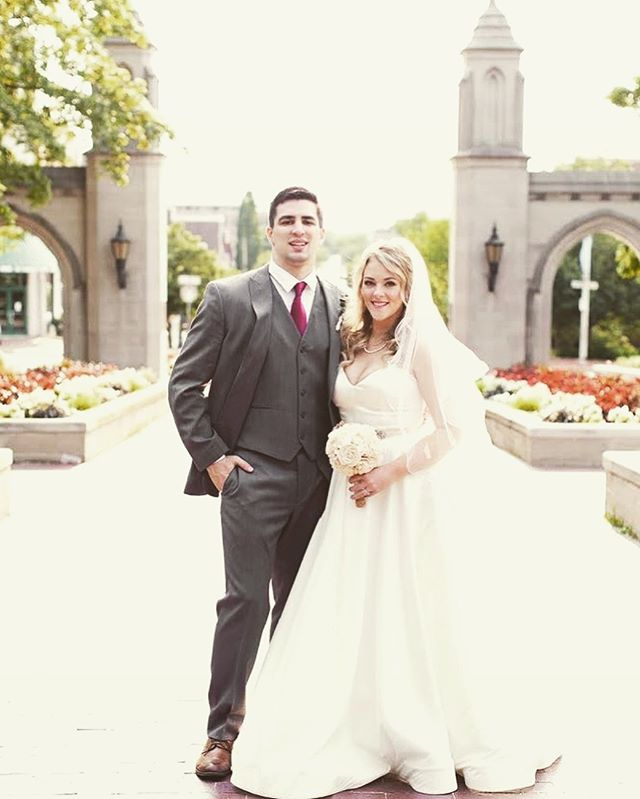 Happy 1 Month Lauren and Dustin!!! . Perfect weather. Gorgeous elements. And SO. MUCH. LOVE.