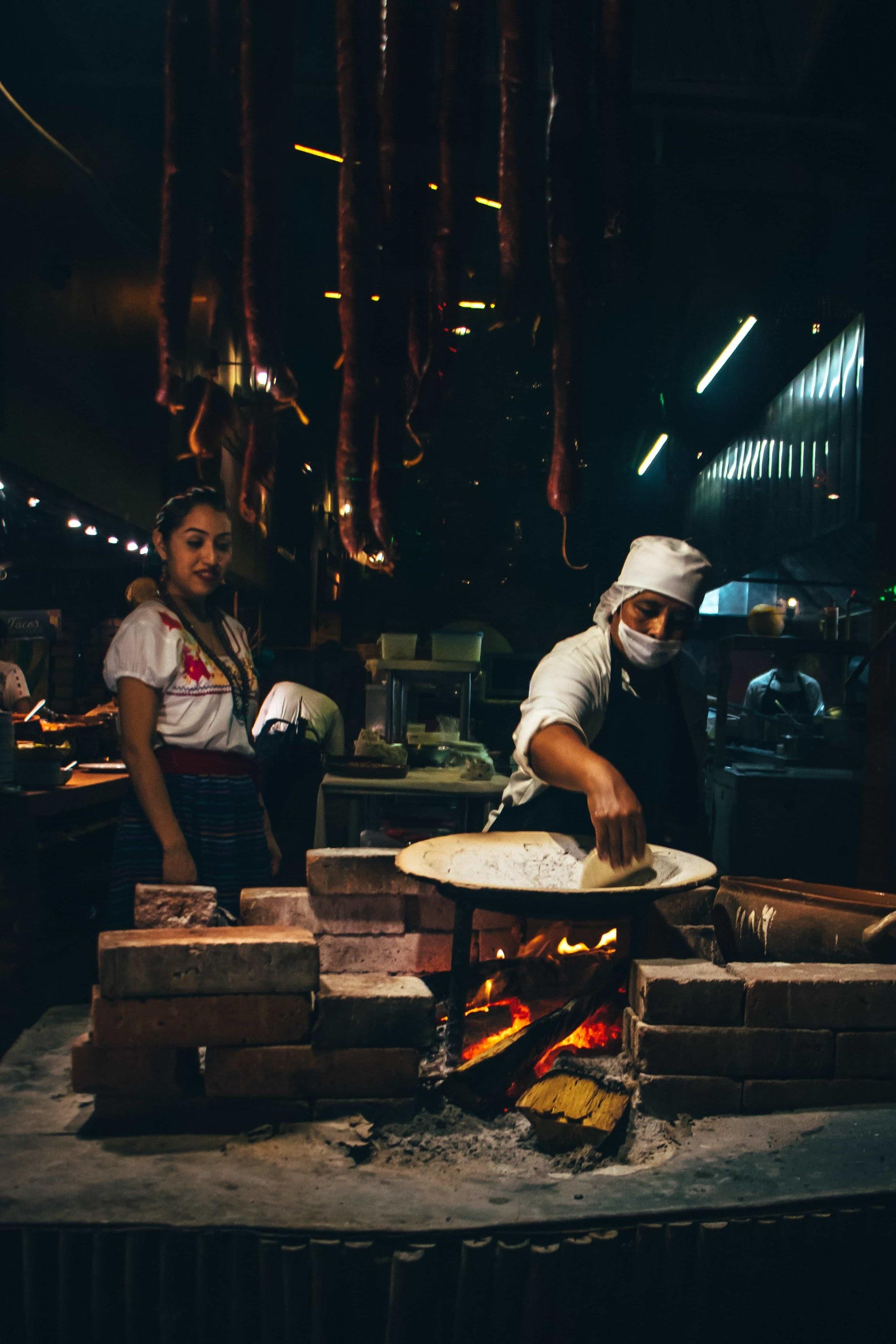 """The kitchen is alive"", Villahermosa, <Travelhund>"
