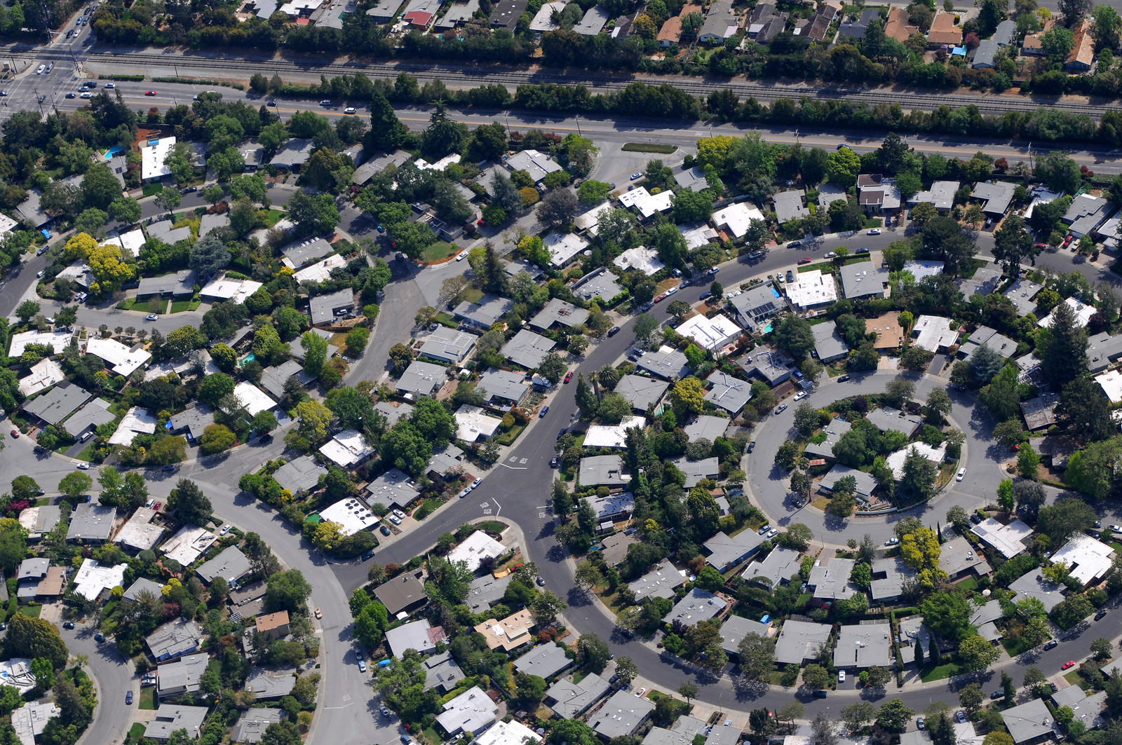 Palo Alto Aerial Circle Neighborhood.jpg