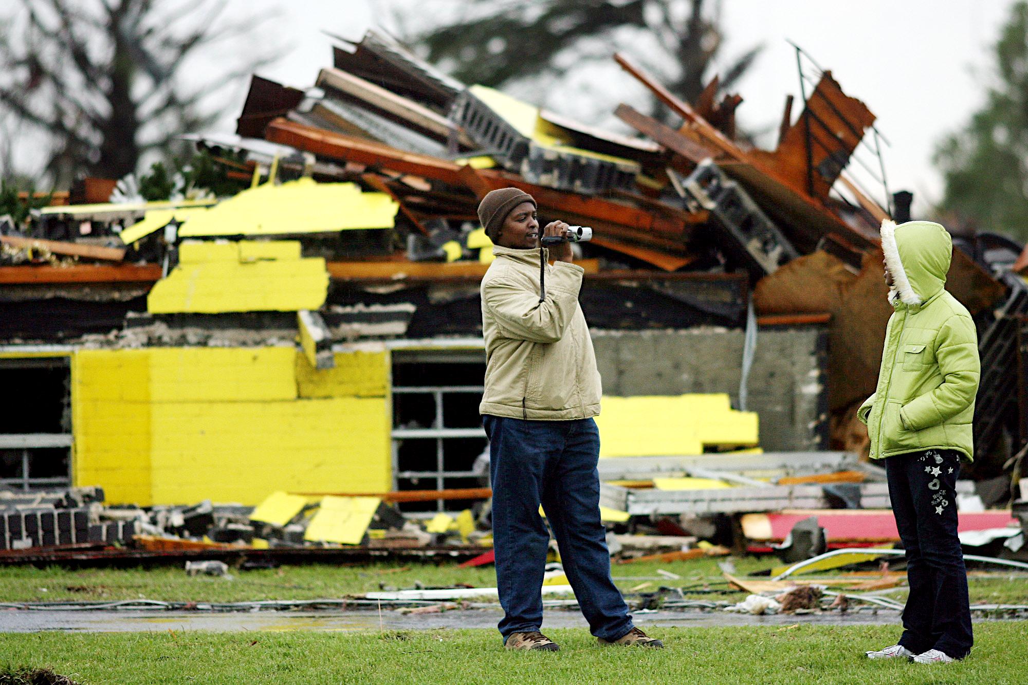 Tornado 0014.JPG