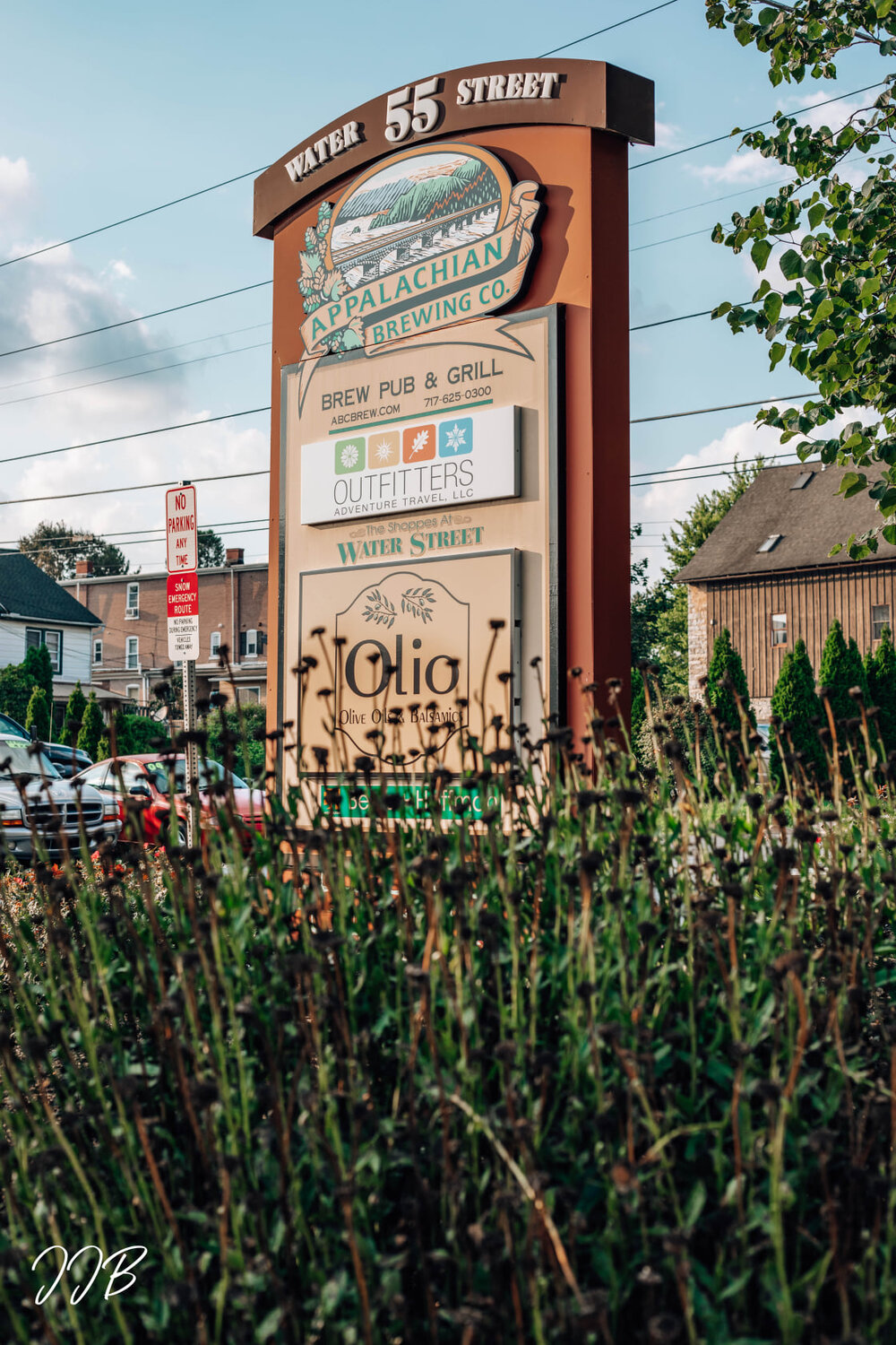 Where to Eat in Lititz || Appalachian Brewing Company — Trippin' Southern Style
