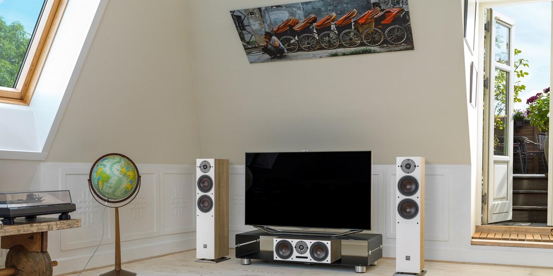 oberon-5-oak-tv-setup.jpg