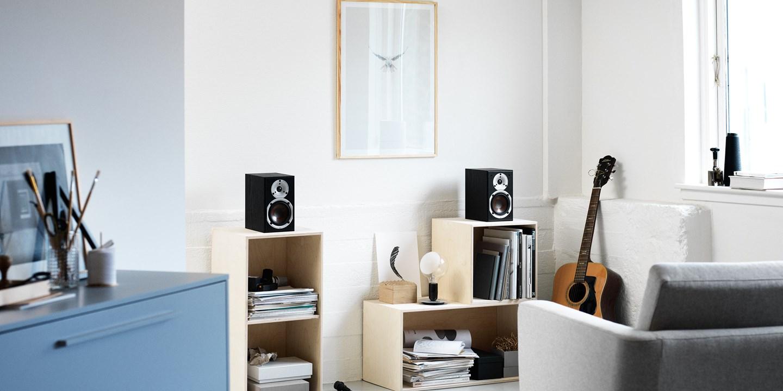 spektor-1-black-stereo.jpg