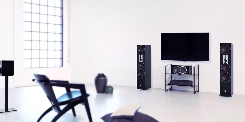 dali-opticon-8-black-tv-interior.jpg