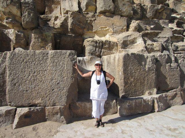 Peta at Giza.jpg