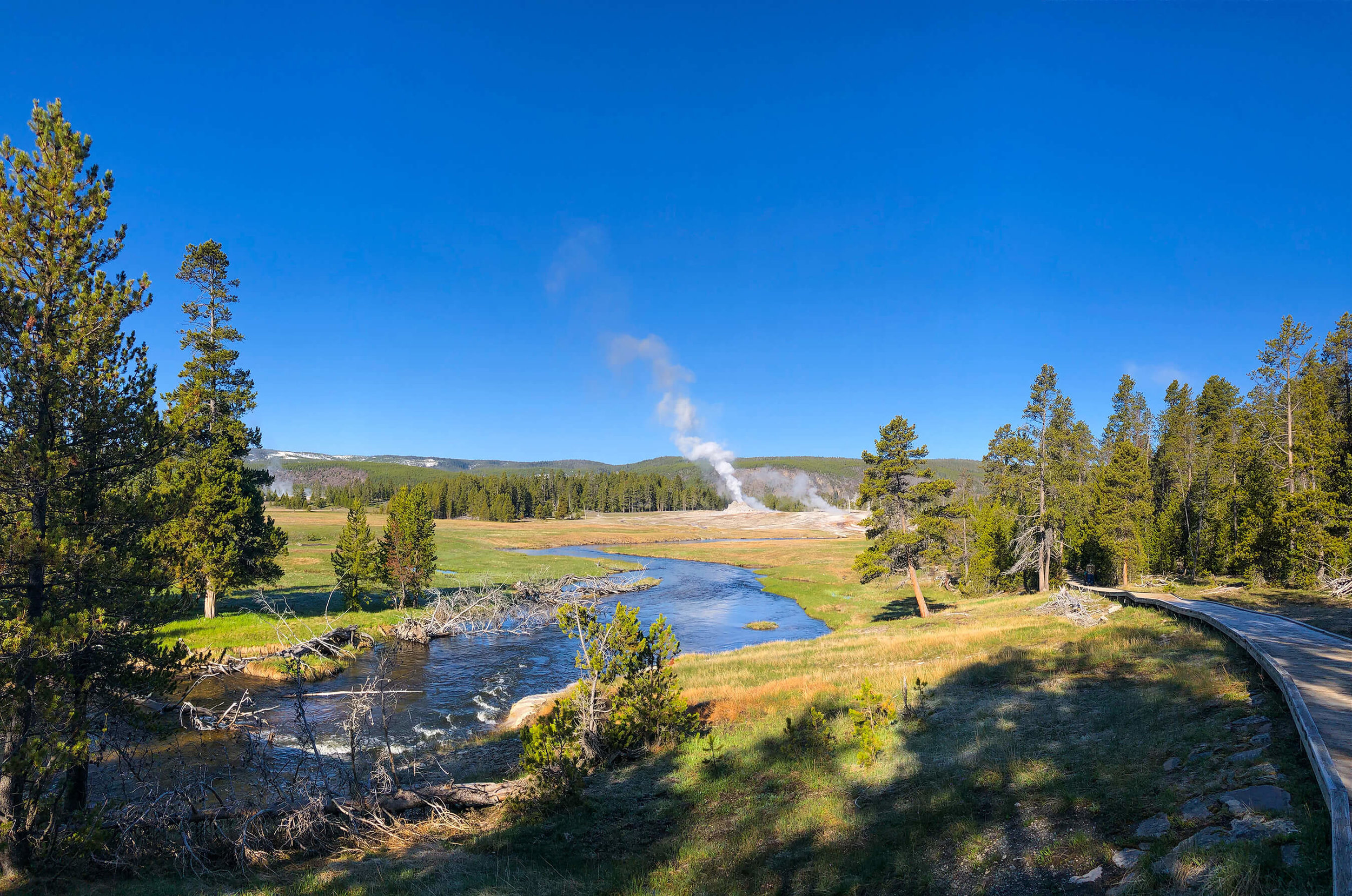 Firehole River with geysers