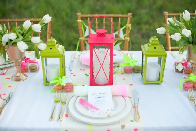 Go Neon - For something unexpected try neon accessories against a white tablecloth for instant pop.
