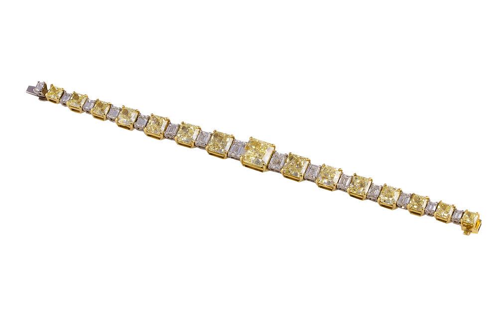 Bracelet-5750-HIREZ.jpg
