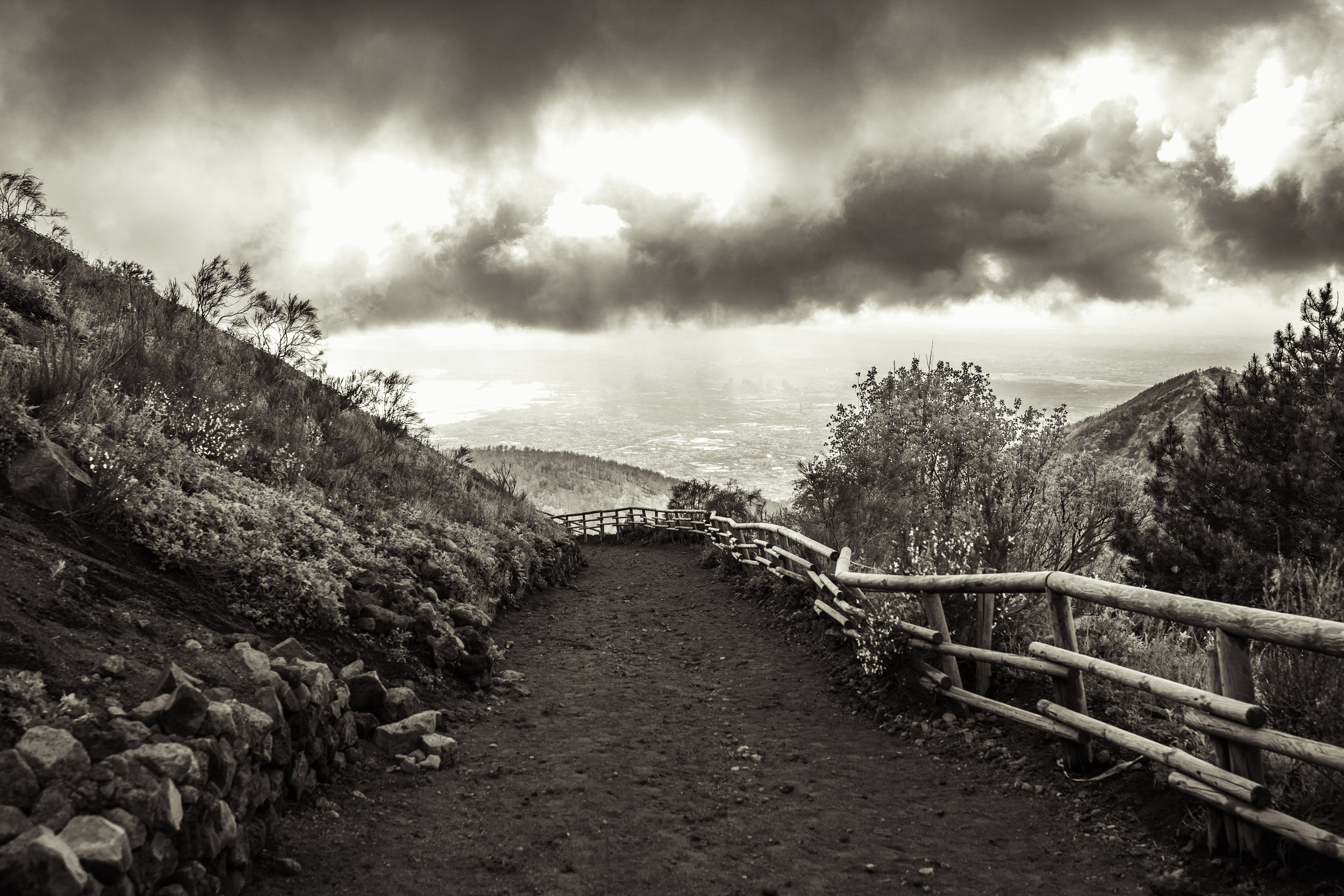 Stylized photo of the path that leads to the crater.