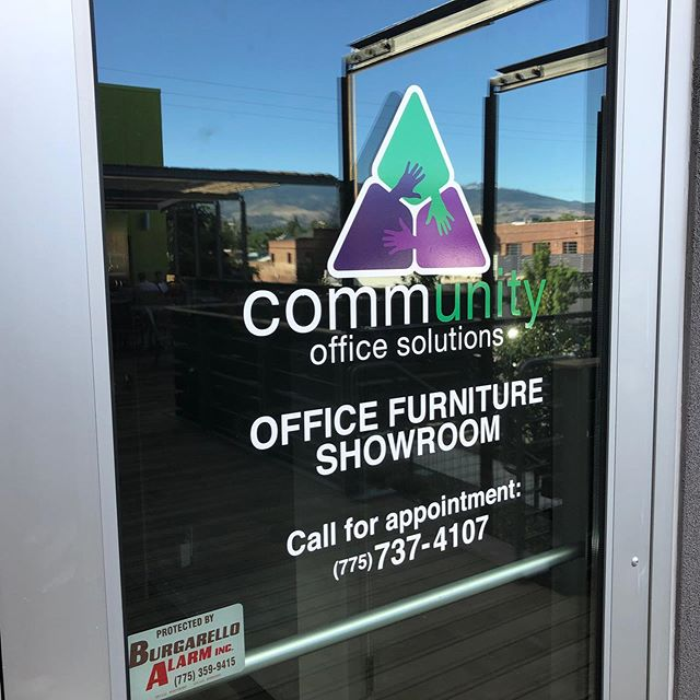 www.projectxgraphics.com WINDOW GRAPHICS COMMUNITY OFFICE SOLUTIONS MAY 22, 2019 Custom cut, full color window graphics. Perfect for store fronts. UV laminated