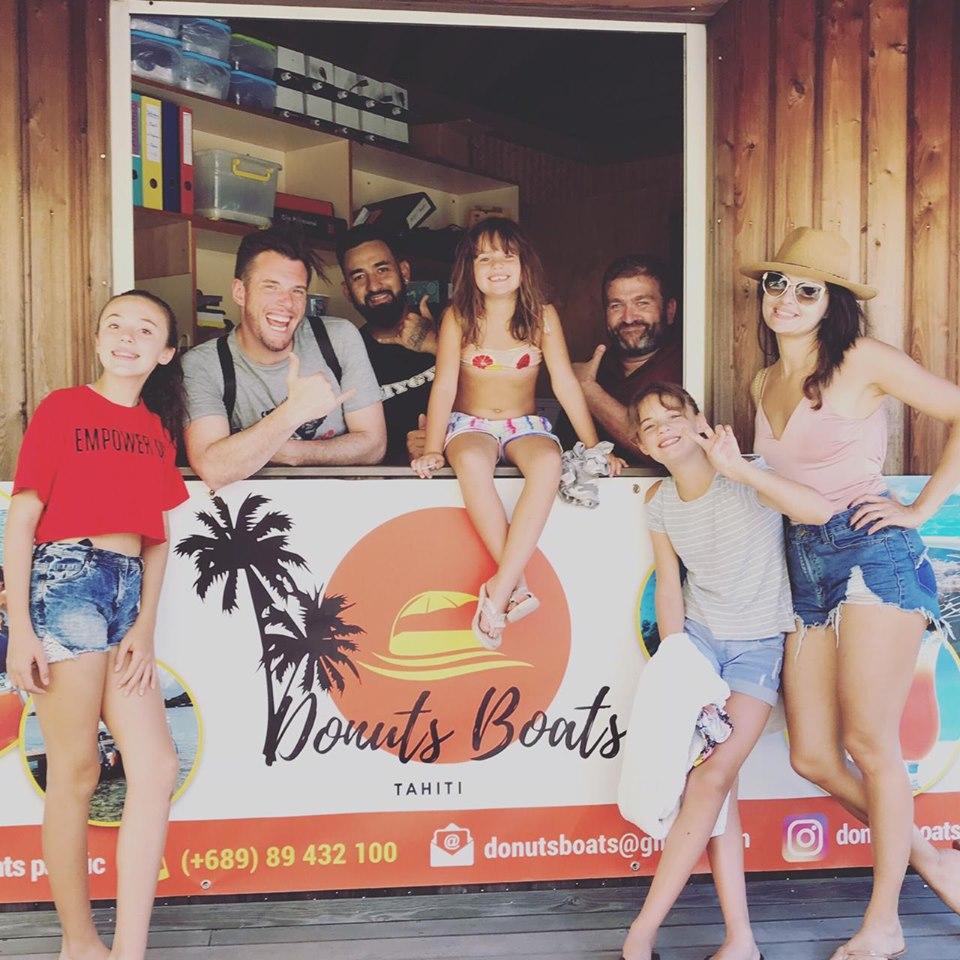 Merci à    Norbert Tarayre    et à sa petite famille d'être passé pour tester nos Donuts sur notre site de l'Intercontinental. A bientôt sur le lagon!!!