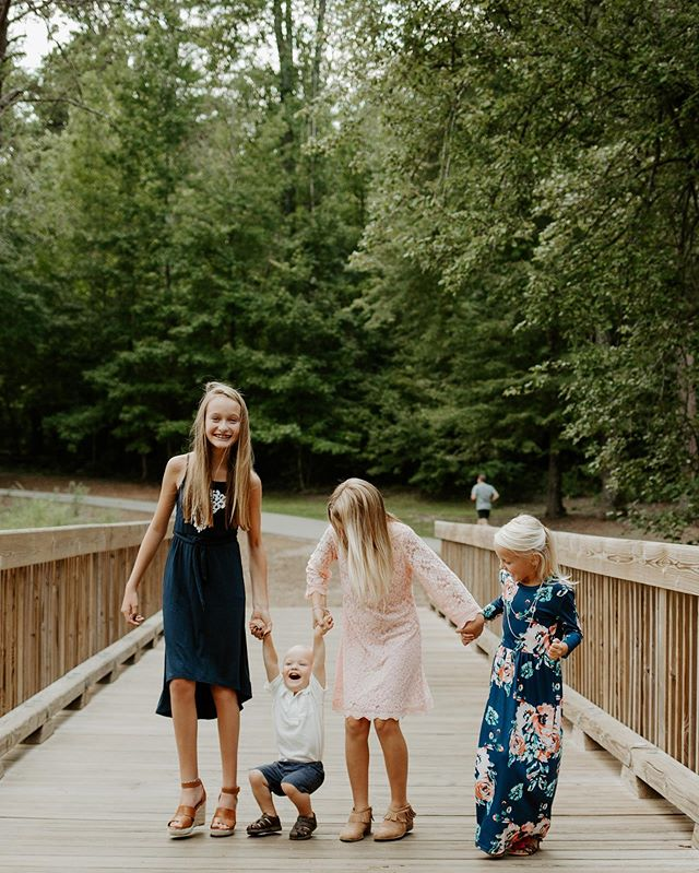 I love my couples, but family sessions will always hold a special place in my heart! * * * #kennedyalysephotography #northcarolinaweddingphotographer #southcarolinaweddingphotographer #georgiaweddingphotographer #yeahthatgreenville #dcpresets #scweddingphotographer #ncweddingphotographer #greenvillewedding #greenvillephotography #greenvillephotographer #greenvillescphotographer #charlestonwedding #charlestonweddingphotographer #scwedding #ncwedding #gawedding #andersonweddingphotographer #columbiaweddingphotographer #charlestonwedding #andersonwedding #columbiawedding #ashevillewedding #ashevilleweddingphotographer #greenwoodweddingphotographer #weddingphotographer