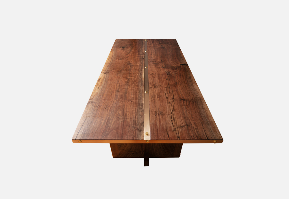 Chris_williams_0000s_0007_TABLES-Rivits1.png