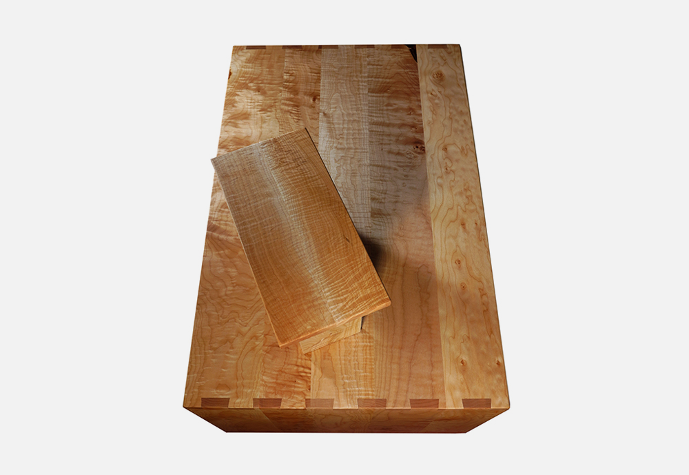 Chris_williams_0000s_0041_TABLES-Chabudai3.png
