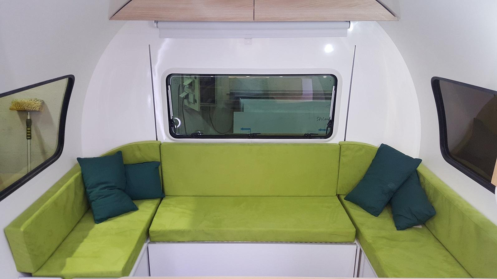 3X lounge sofa in green