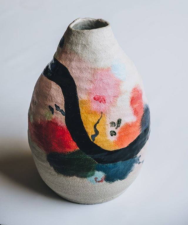 Thrilled to be stocking these vases from @ceramicazem when we open on Wednesday.  Our shop opening hours will be 12-6pm Wednesday to Sunday.  Azem William is a rising star, and his previous lines have been stocked at Liberty's. We are pleased that Living Earth will be carrying this series. This vase is £300 and is currently in store.