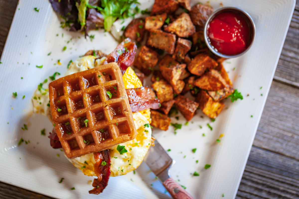 Food _ ChickenWaffles7.jpg