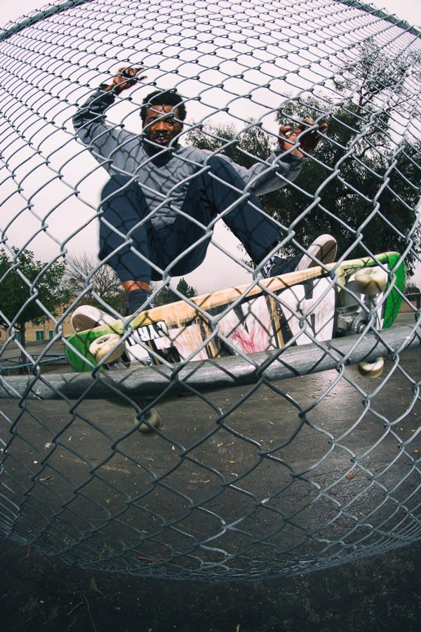 Tislam-Valsurf-Sunland-Elementary-Skateboard-Photography.jpg