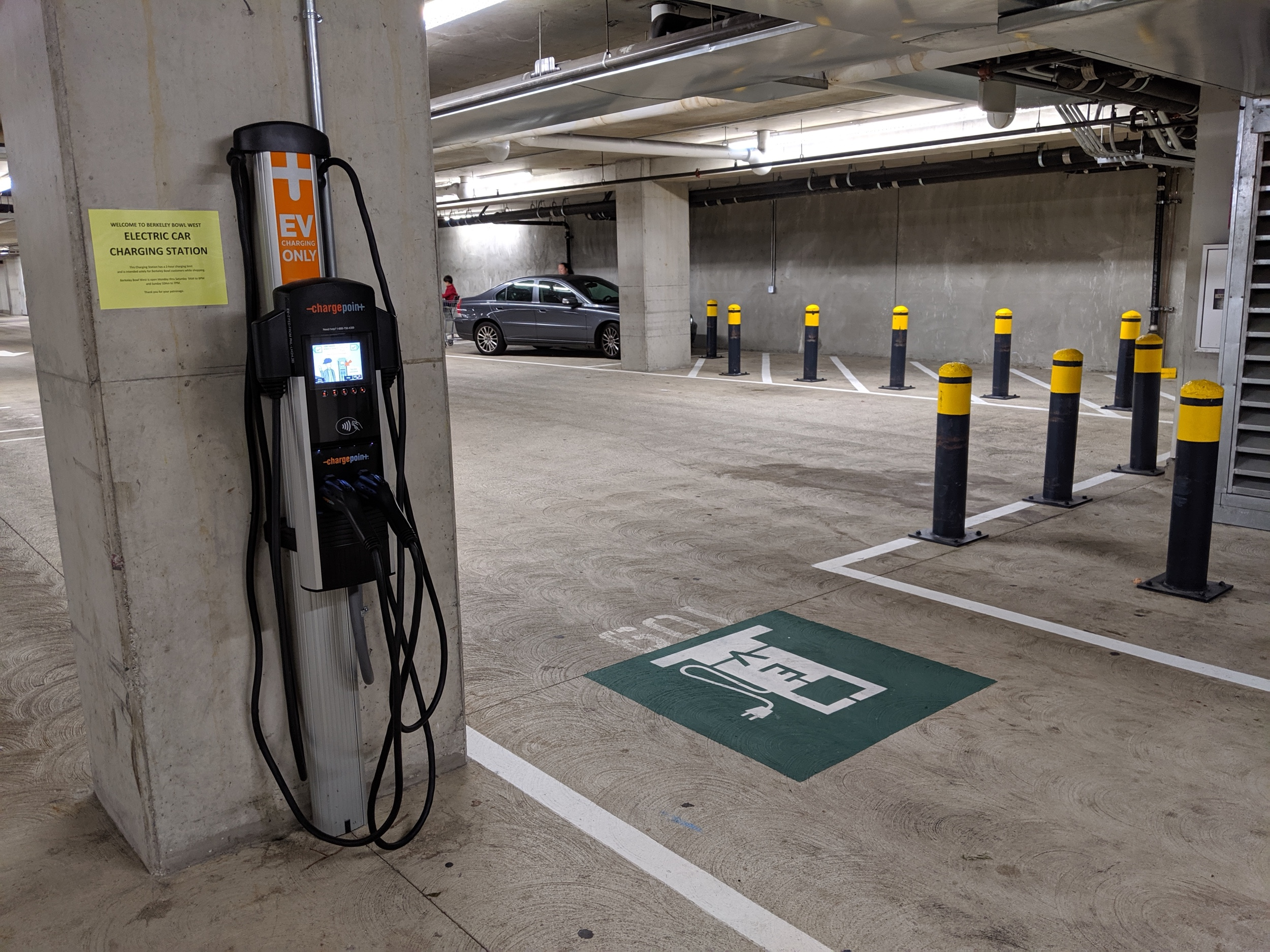 EV-charging2.jpg