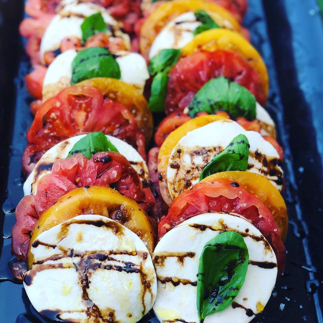 chef_olintho_tomato_salad.jpg
