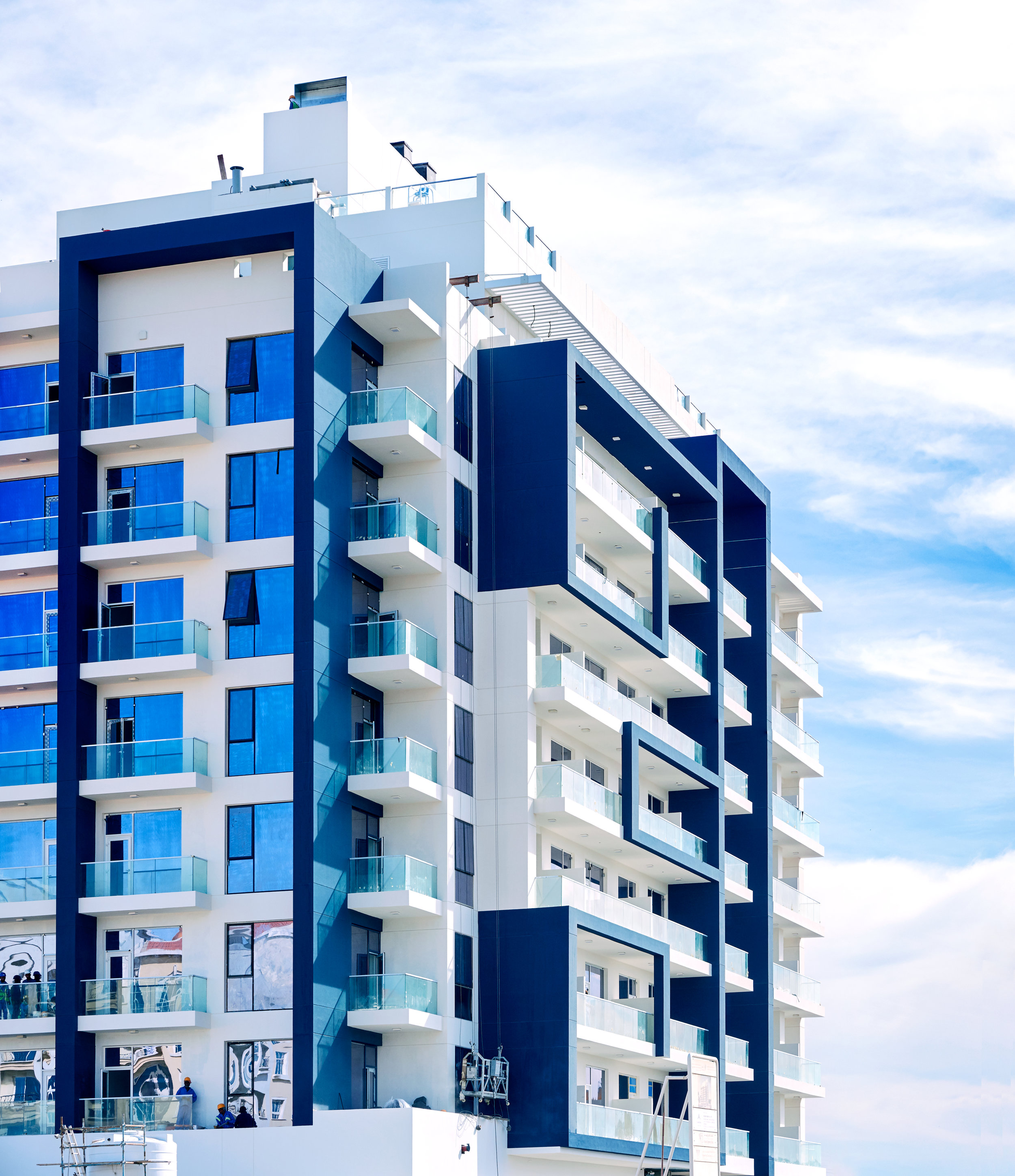 LYRA - Lyra is a 112 rental-only apartment building that comprises of 65 one bed, 36 studios, 11 two beds and 4 retail units along with a double basement, ground floor, 9 levels of apartments and a roof terrace with a swimming pool and gym located in Al Warsan 4, Dubai.