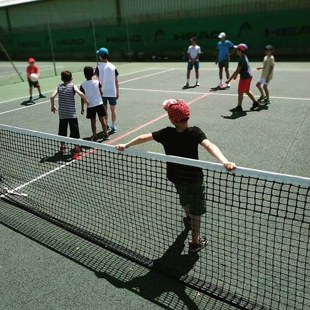 La fête du club junior bat son plein ! 🎾  #tenniscoublevievoiron #young #tennisplayers #party #sport #tennis #play #game #team #france #coublevie #voiron