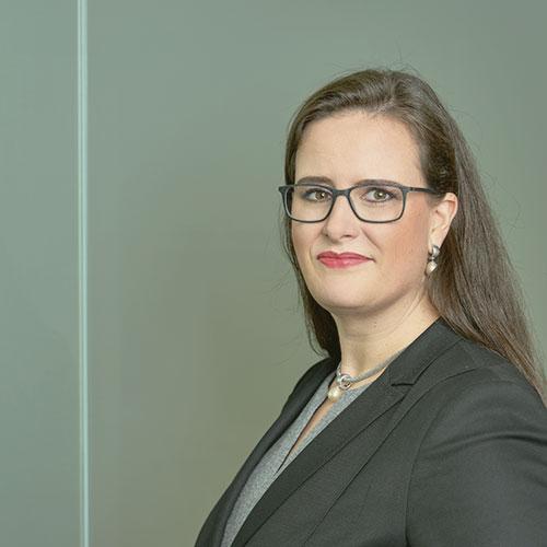 team-portrait-elisabeth-kempl-kanzlei-oberndorfer-3.jpg