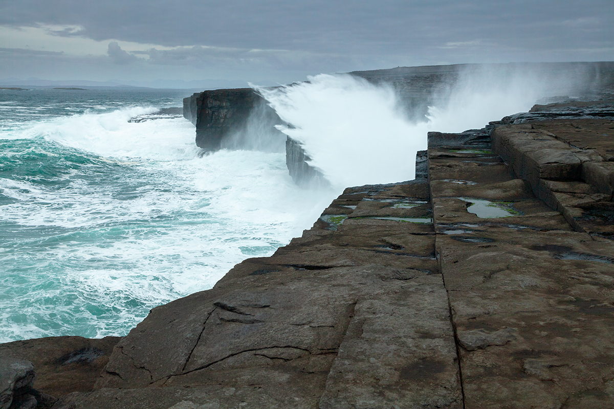 Cliffs and waves on Inis Meáin