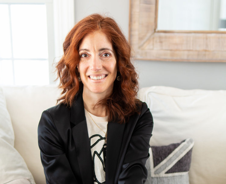 Hi there! - I'm Gail Kreitzer, Consultant, Speaker & Coach who specializes in cultivating work/life balance, mindfulness and efficiency via mental organization.I created Dashboarding®, a unique sequence of highly intentional organizational strategies and habits designed to help you distill the relentless onslaught of demands competing for your limited time and attention. I'm also the inventor of My Dashboard® tools.My goal is not to help you do more. My goal is to provide you with a pragmatic way to identify and execute only what is truly essential across all areas of your busy life and free yourself from the clutter.
