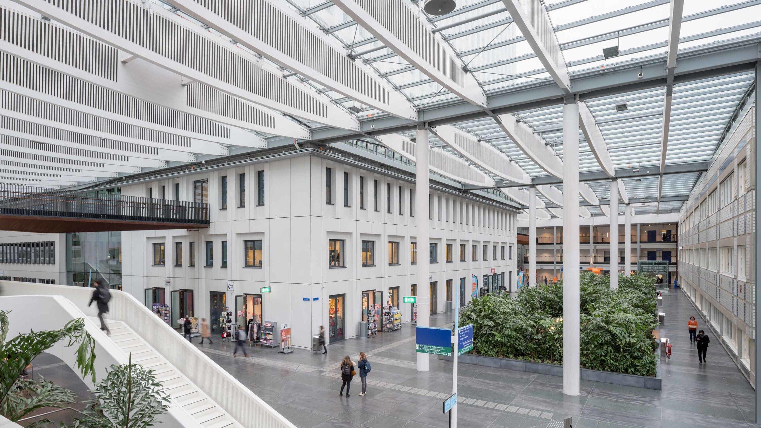 EGM-architecten-Erasmus-MC-ziekenhuis-Rotterdam-plein-Sophia-02.jpg
