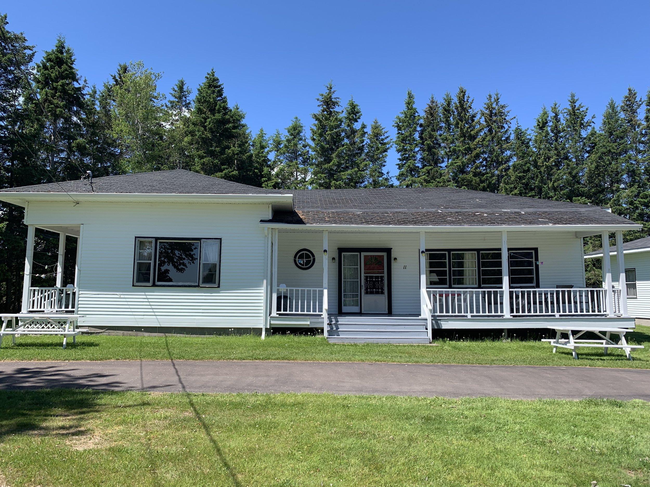 cottage1112.jpg