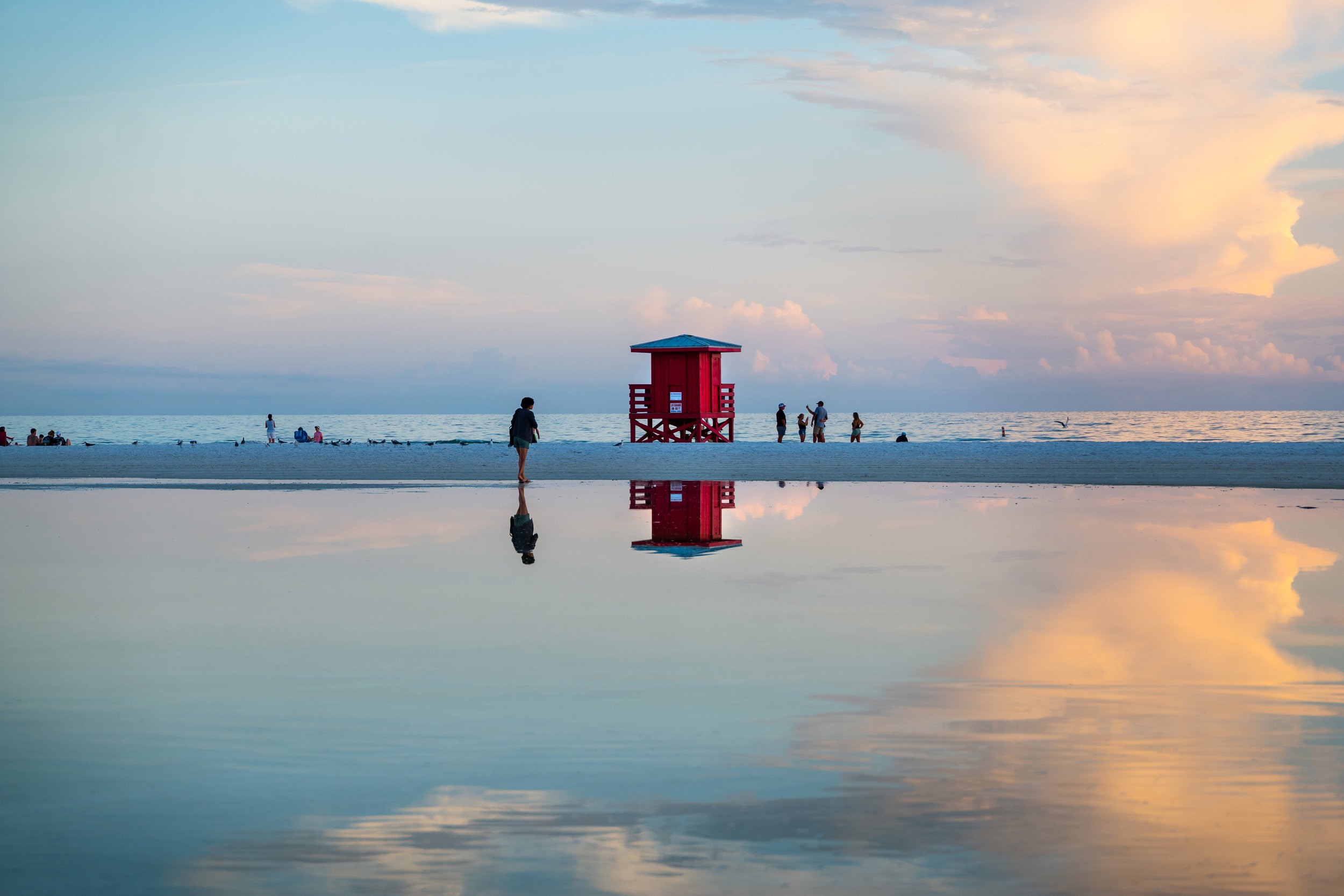 Sarasota + Siesta Key, Florida - Avoid the tourist traps and live like a local in this beautiful, arts-centric coastal city