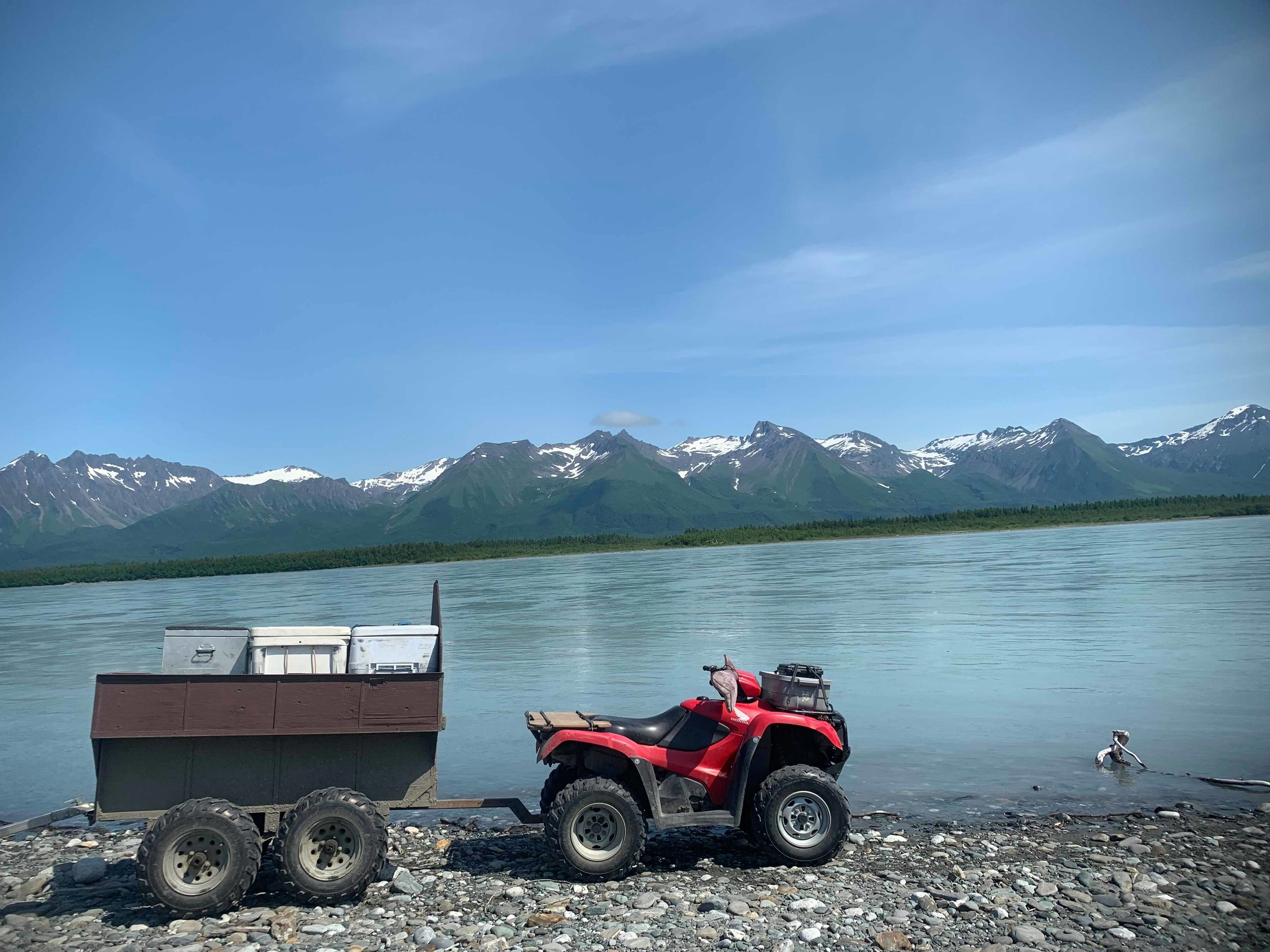 Alsek river transport services. - We provide service transporting your rafting group and gear from the Upper takeout to the Dry Bay runway. We also offer day trips to the Ocean beach and fishing trips on the East river. If you have a group that is taking out on the Alsek contact us for availability.