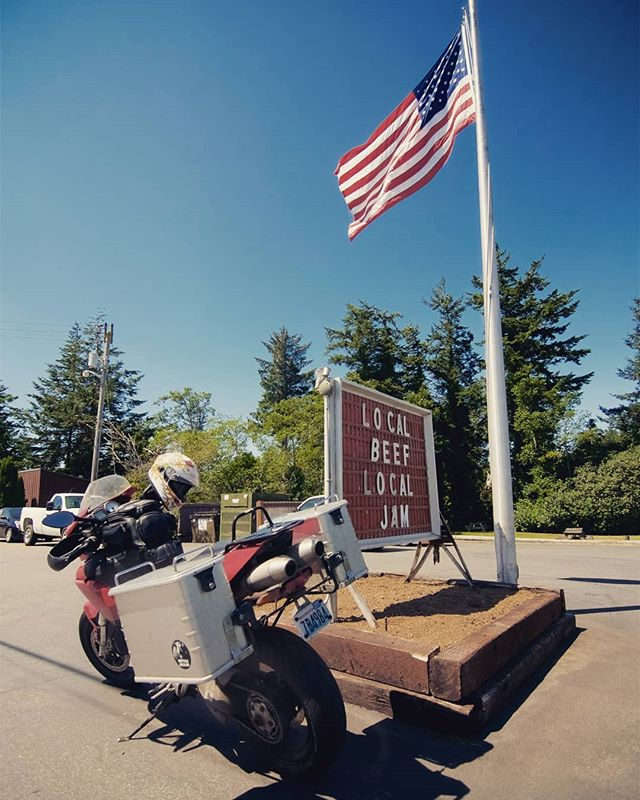 To all of my fellow Americans, happy independence day! . . . #wa #4thofjuly #ducati #hepcobecker #multistrada #localjam
