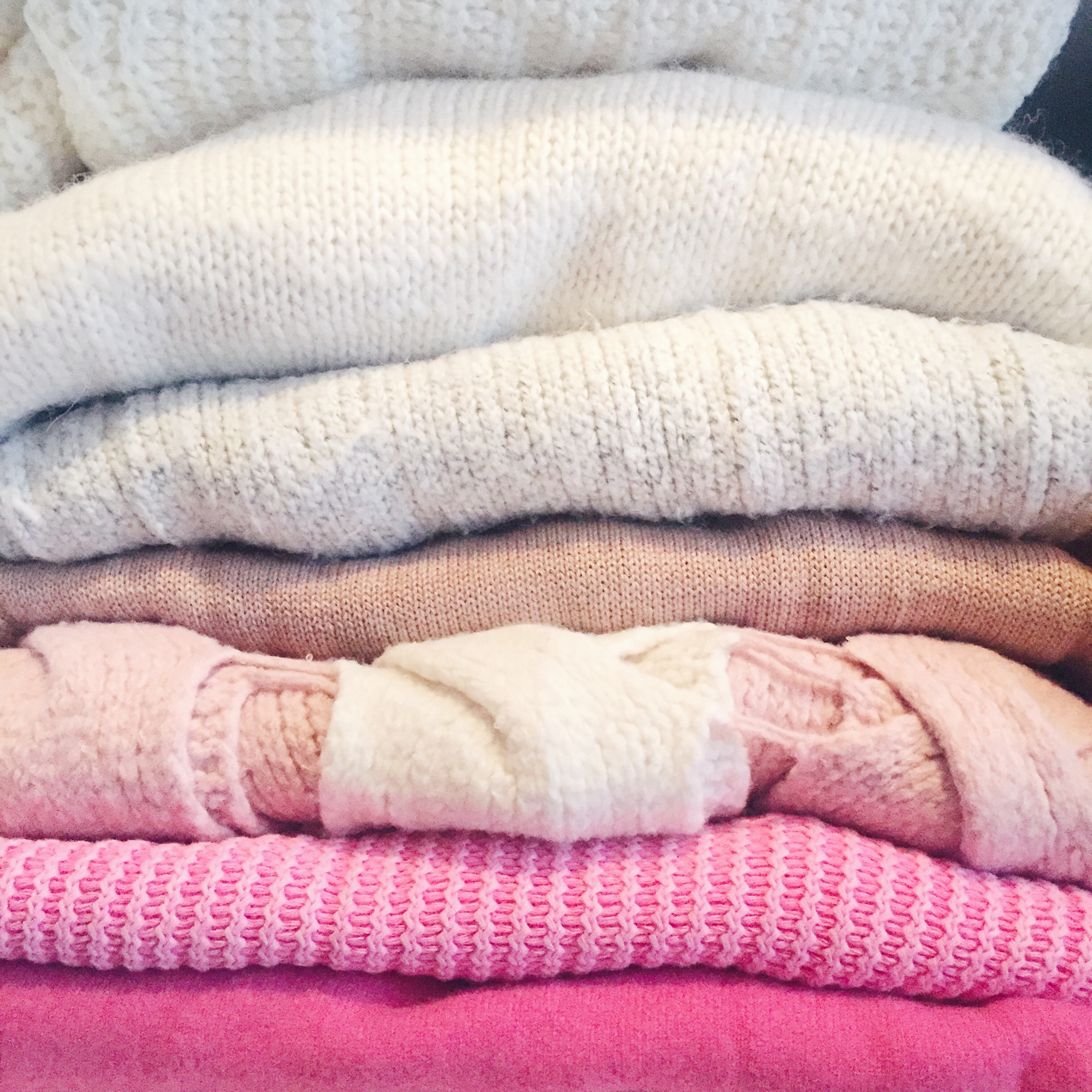 File Folded Sweaters