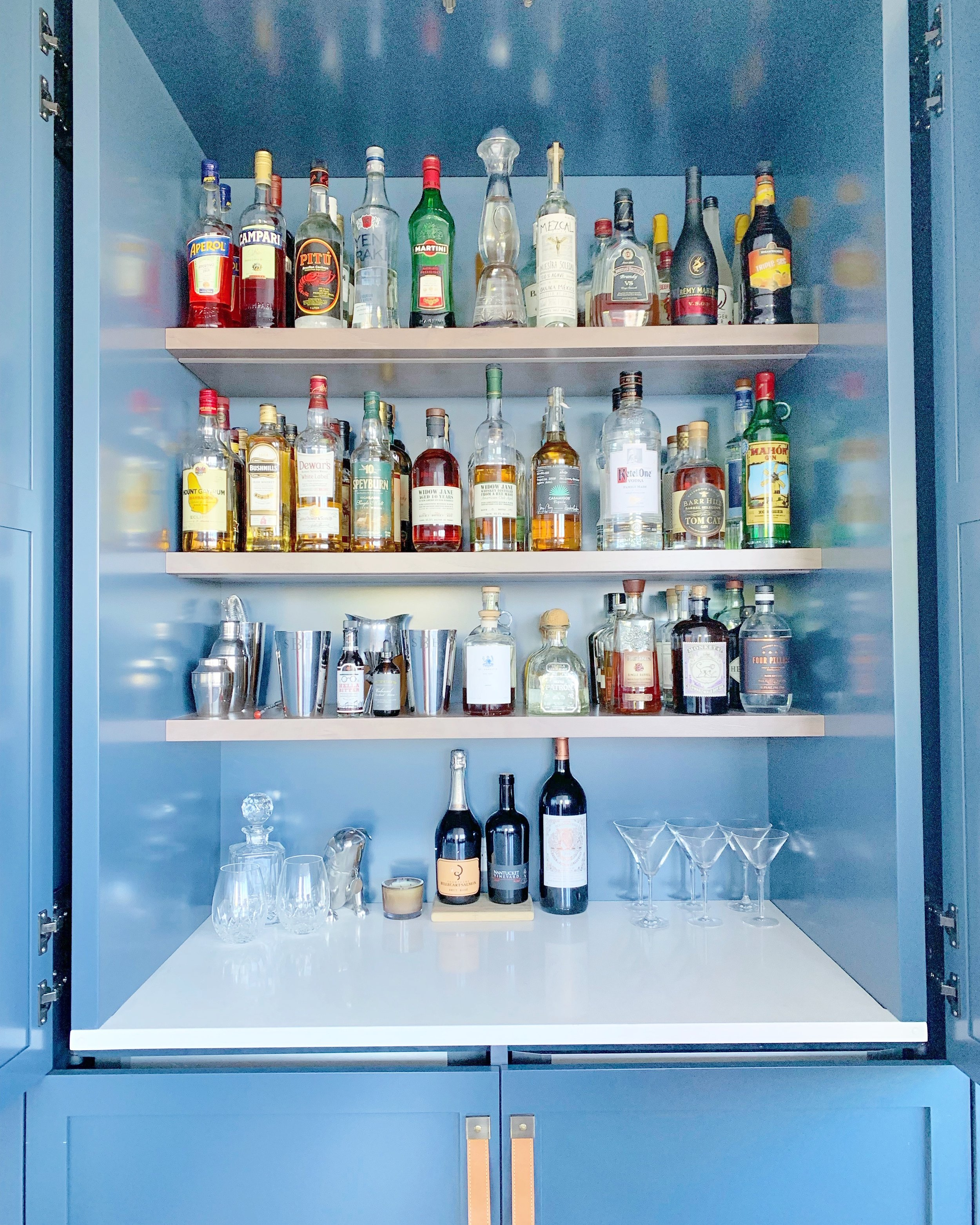 Home Bar & Liquor Cabinet