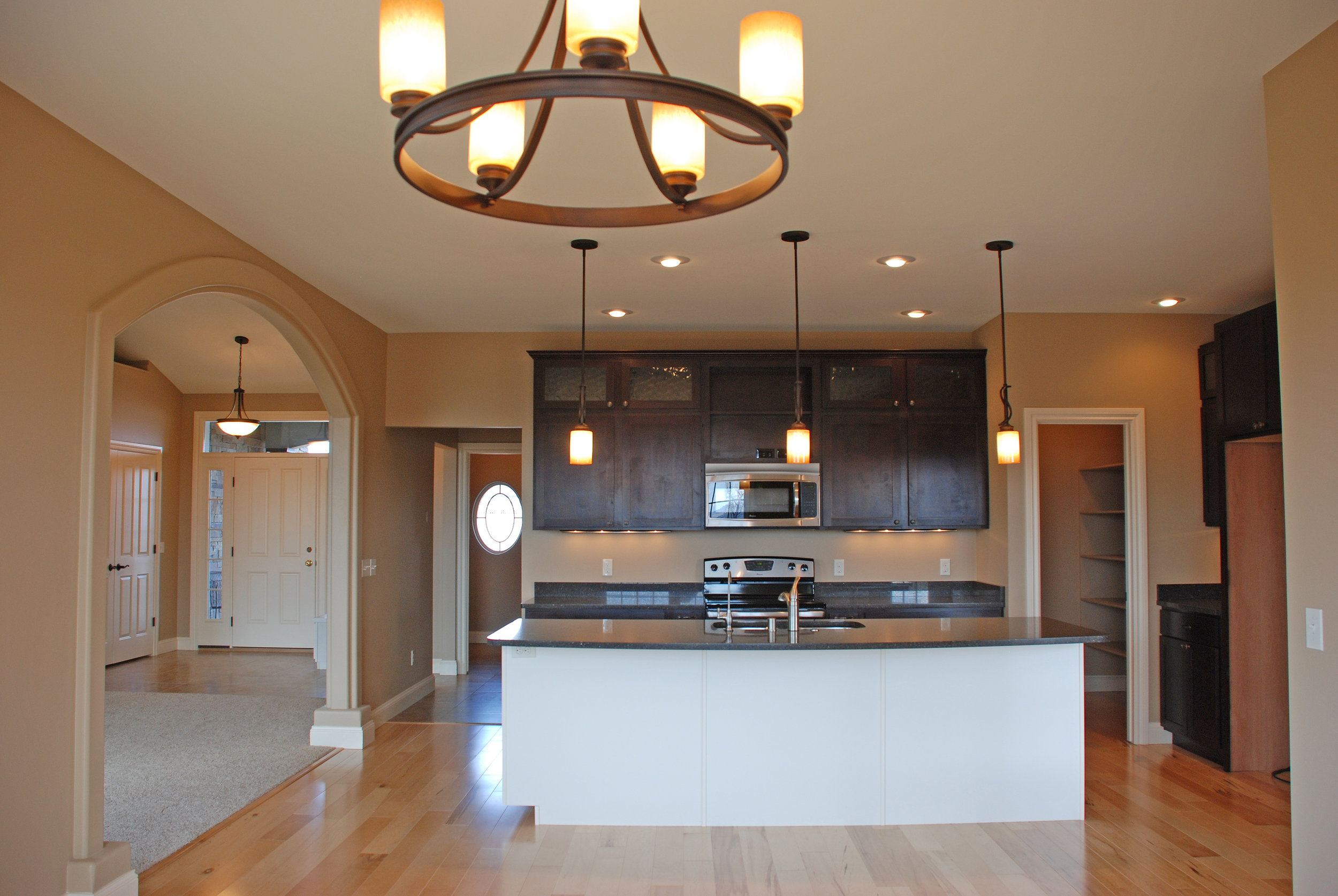 kitchen-with-dining-rm-light.jpg