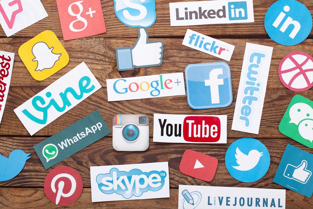 social_media_icons_brand_growth